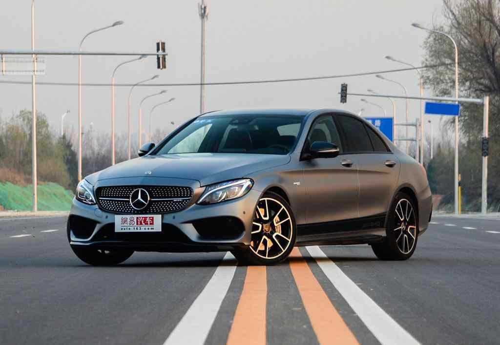 奔驰c63报价及图片 奔驰AMG C63价格 全新升级行情实探