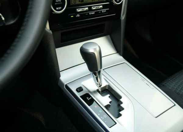 自动档的车怎么开 自动挡电动汽车如何开 自动挡的车怎么开