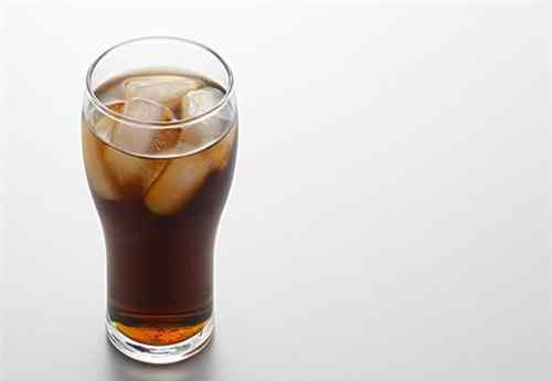 碳酸饮料的危害 碳酸饮料有哪些危害